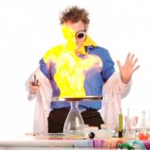 «Яркая химия» - научное шоу.
